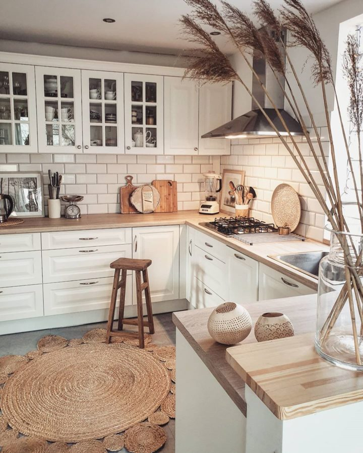 how to decorate a kitchen on a budget